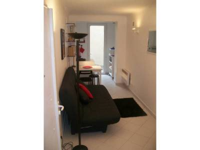 Location appartement meubl 1 pi ce 20m vauban 6 me for Location studio meuble marseille