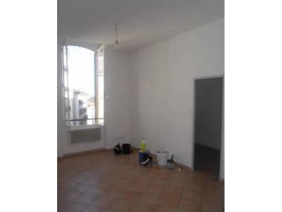 location appartement meubl 3 pi ces 53m belsunce 1er marseille ref 77352. Black Bedroom Furniture Sets. Home Design Ideas