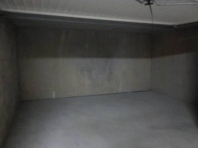 location parking souterrain 27 m la timone 10 me marseille ref 68654. Black Bedroom Furniture Sets. Home Design Ideas