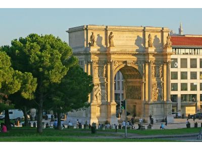 Saint-Mauront - Arc de Triomphe