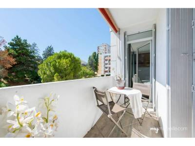 Vente appartement 3 pi ces 70 m piscine les caillols 12 me marseille ref 79684 for Piscine 12eme