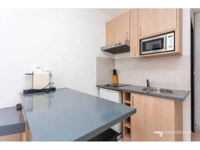 Vente appartement meubl 1 pi ce 15 m noailles 1er for Appartement design centre marseille vieux port et noailles