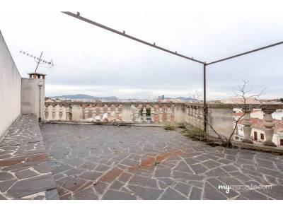Vente maison renover 6 pi ces 150 m la cabucelle 15 me for Toit terrasse marseille vente