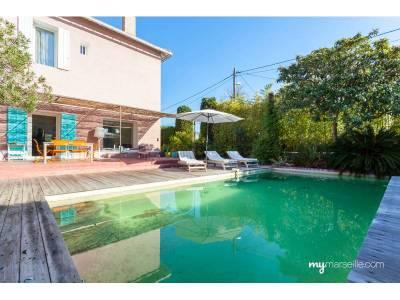Vente maison 6 pi ces 215m piscine mazargues 9 me for Piscine 9eme