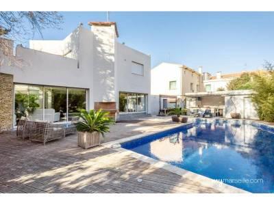 Vente villa 7 pi ces 250m piscine mazargues 9 me for Piscine 9eme