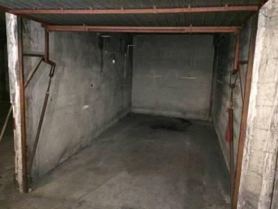 vente parking souterrain 12 m la delorme 15 me marseille ref 76982. Black Bedroom Furniture Sets. Home Design Ideas